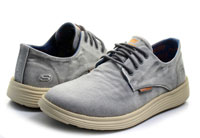 skechers relaxed fit with memory foam m
