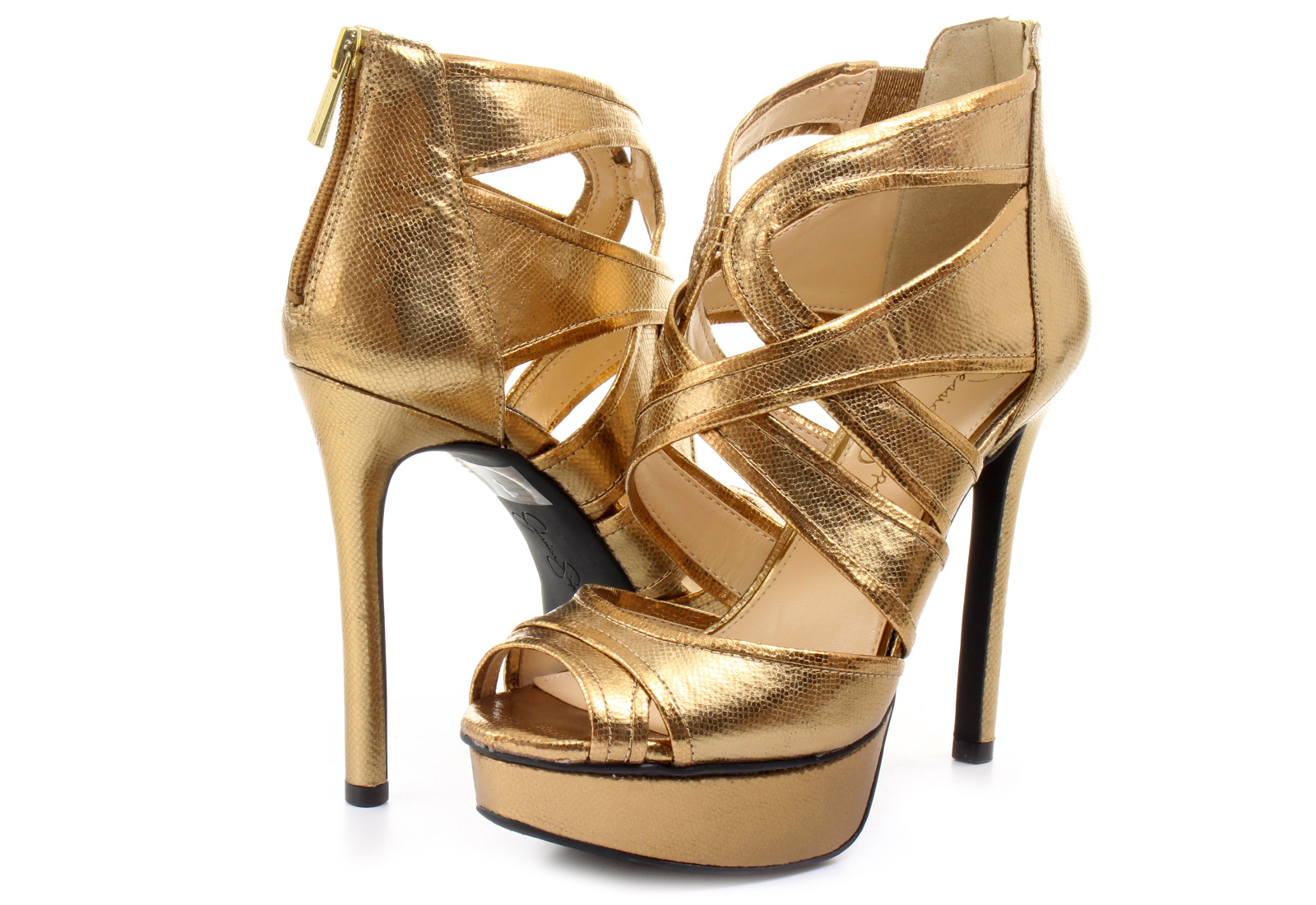 Jessica Simpson shoes have you covered there as well. The selection of sleek pumps and high heels adds a sophisticated air to your professional aesthetic. Pair your shoes with everything from trousers and blouses to dresses and skirts.