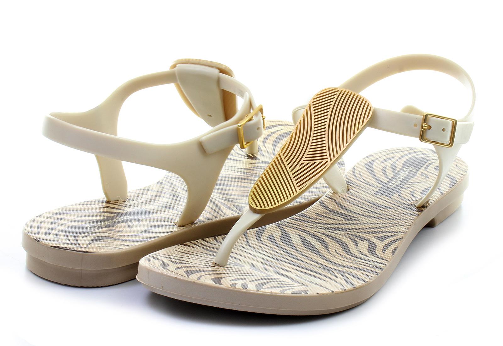 Ugg Boots For Men Grendha Sandals - Sava...
