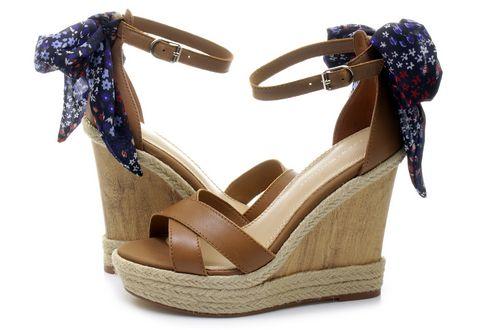 Tommy Hilfiger Sandals Beatrice 9c