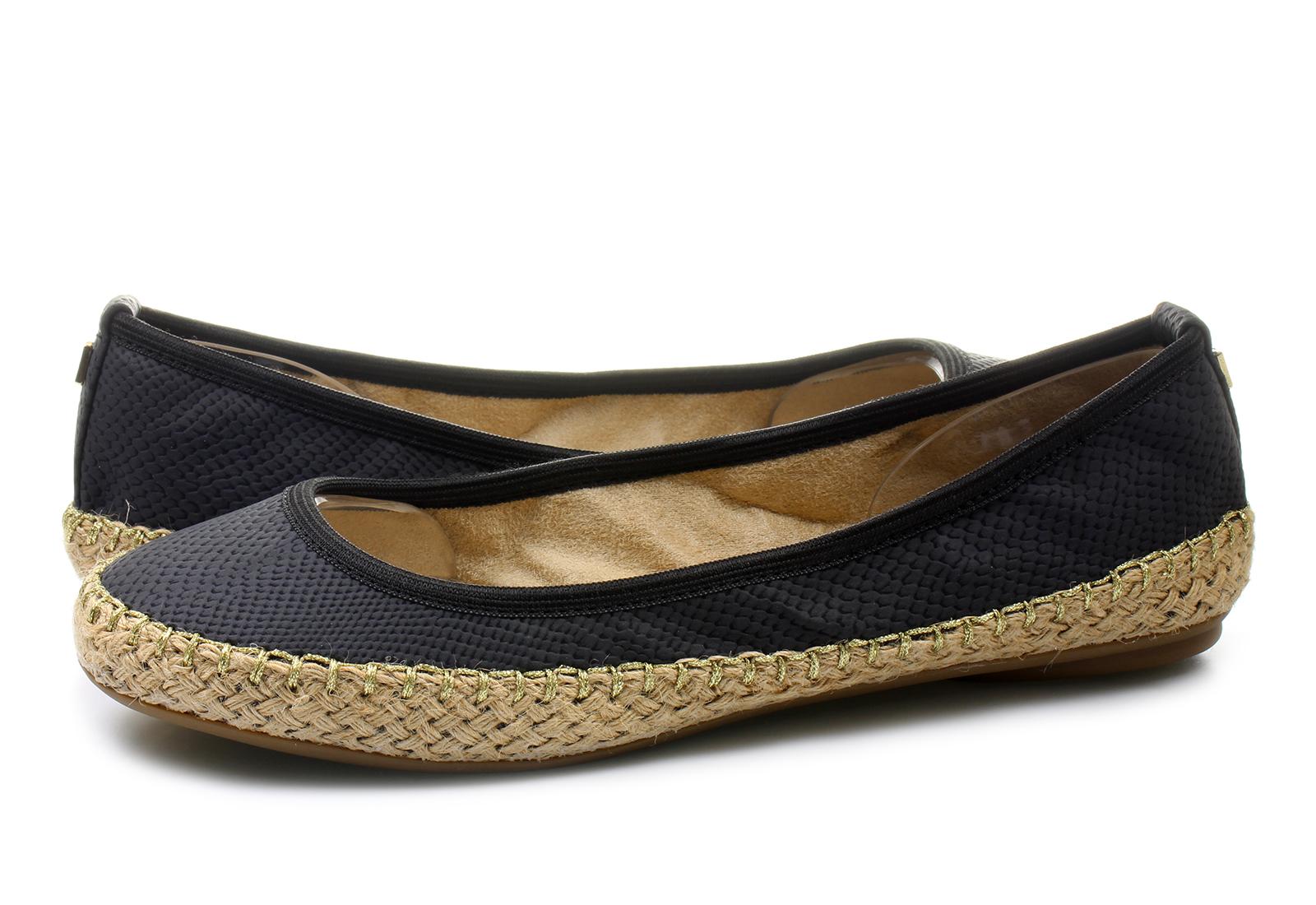 Floral Pattern Flat Shoes