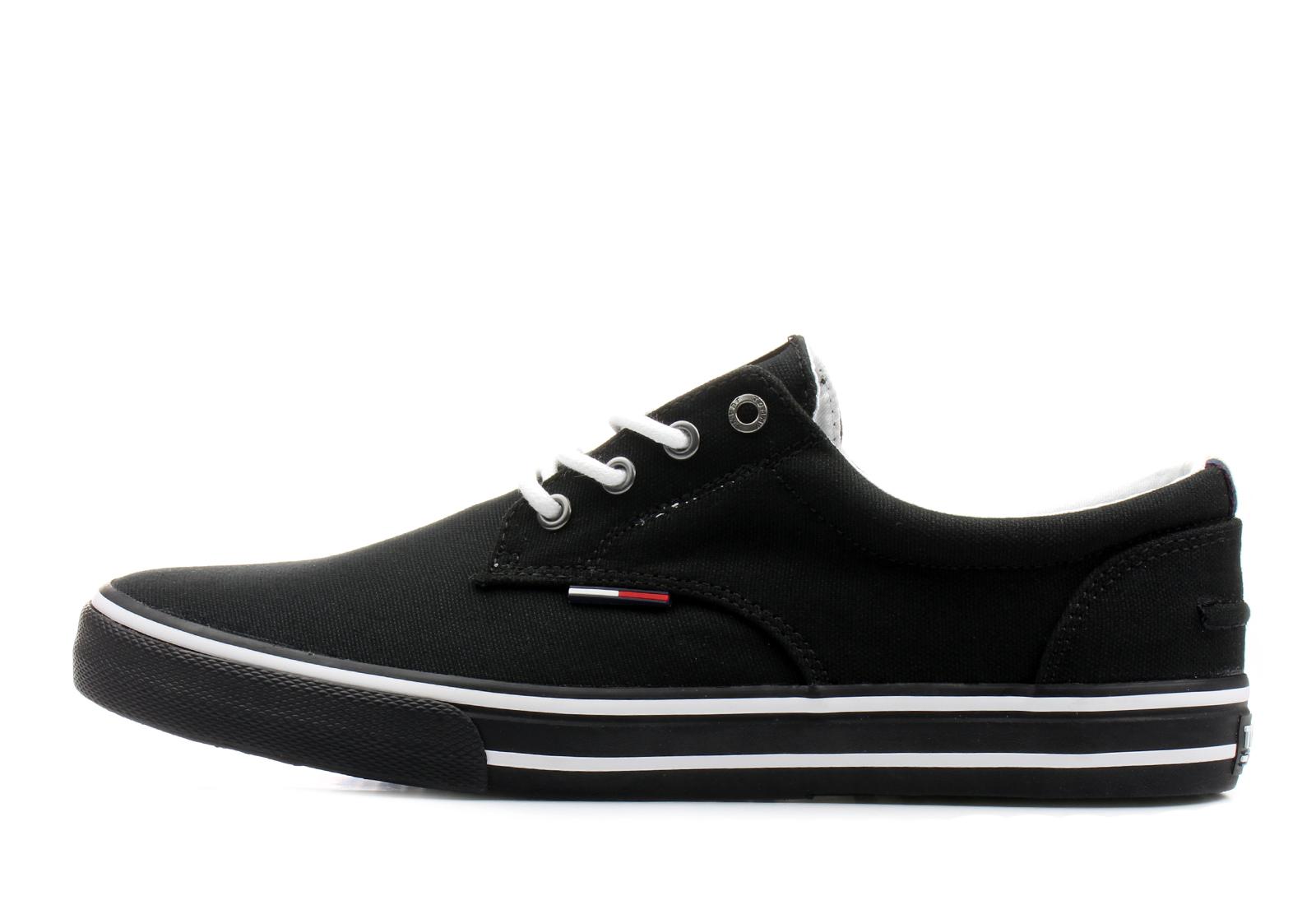 3767baa302 Tommy Hilfiger Cipő - Vic 1d2 - 18S-0001-990 - Office Shoes Magyarország