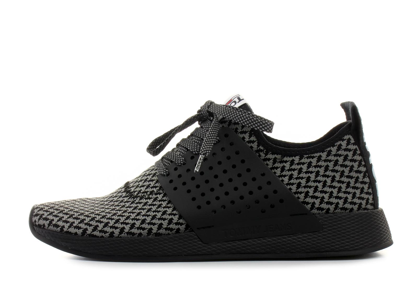 Tommy Hilfiger Shoes - Blake 1 - 18S-0025-905 - Online shop for ... 4f47531704