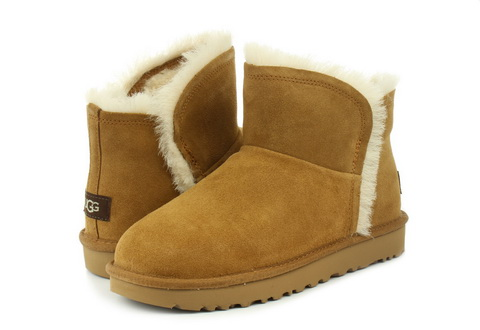 Ugg Cizme Classic Mini Fluff High-low