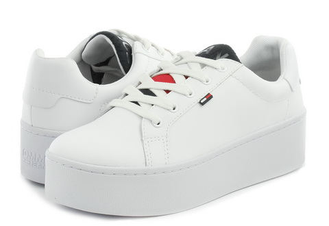 Tommy Hilfiger Shoes Roxie 6a