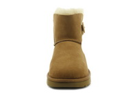 Ugg Csizma Mini Bailey Button Ii 6