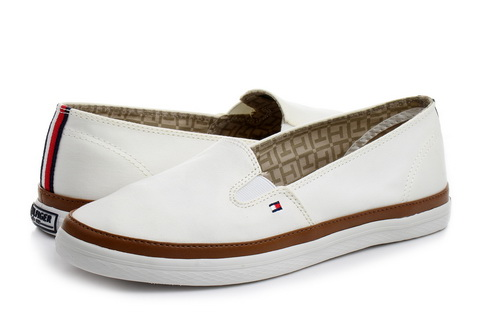 Tommy Hilfiger Shoes Kesha 7c