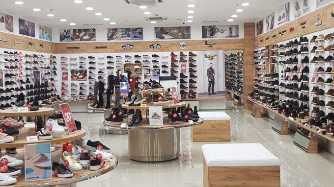 Tržni cebtar Sarajevo City Centar Office shoes prodavnica na prvom spratu etaža