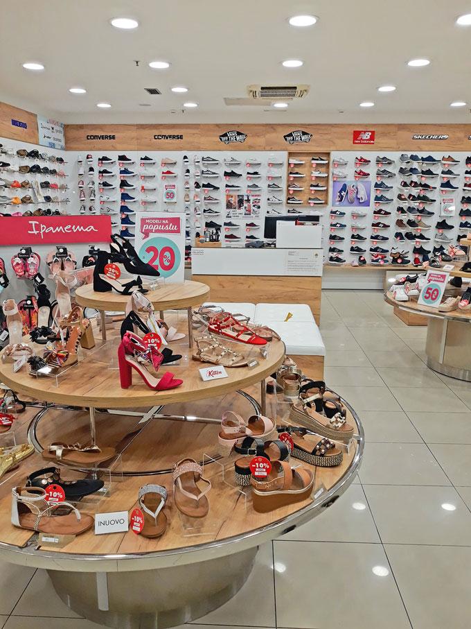 renovirana je i otvorena  office shoes MERKATOR Borik Banja luka radnja konzum