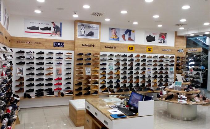 Office shoes Bosna Tuzla BINGO City centar u ulici Mitra Trifunovica 2