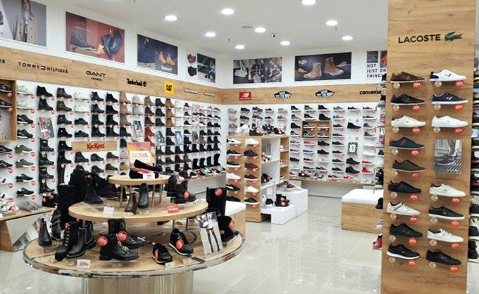 VOŽDOVAC-  STADION SHOPPING CENTAR - Office shoes SRBIJA Zaplanjska 32  Beograd